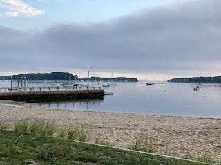 Barlows Beach and dock